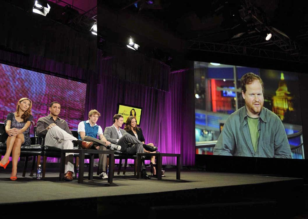 http://www.whedon.info/IMG/jpg/dollhouse-cast-2009-winter-tca-fox-panel-gq-02.jpg