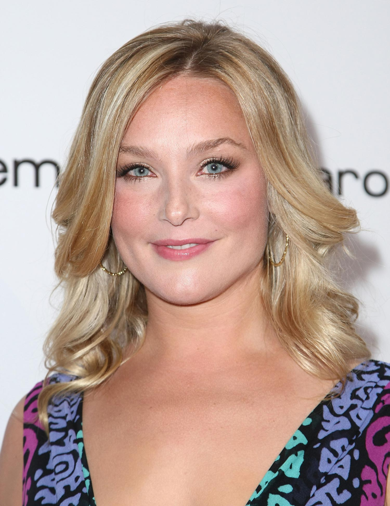 how tall is elisabeth rohm