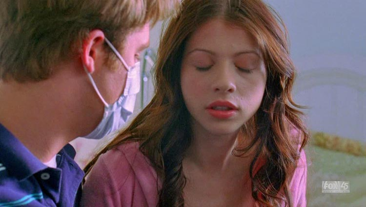 IMG/jpg/michelle-trachtenberg-house-tv-series-2x16-screencaps-gq-03.jpg