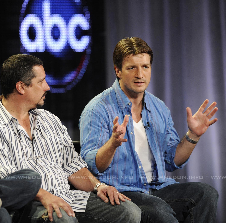 http://whedon.info/IMG/jpg/nathan-fillion-2009-tca-press-tour-castle-panel-hq-01.jpg
