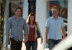 IMG/jpg/alyson-hannigan-alexis-denisof-anthony-head-august-21-2011-paparazzi (...)