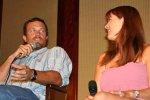 IMG/jpg/buffy-angel-firefly-cast-booster-bash-convention-july-2005-candid-ph (...)