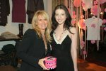 IMG/jpg/michelle-trachtenberg-intuition-shop-get-with-it-event-mq-09.jpg
