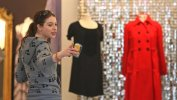 IMG/jpg/michelle-trachtenberg-shopping-dolce-vita-hollywood-paparazzi-gq-11. (...)